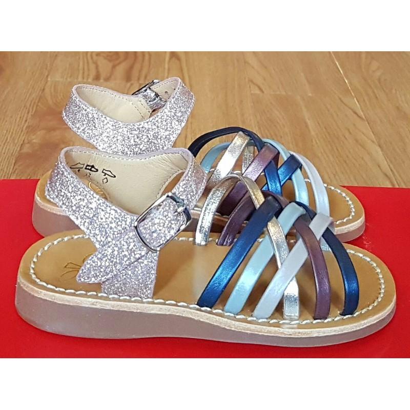 22f4efaf5a57 Pom D Api Yapo Lux Girls Sandal